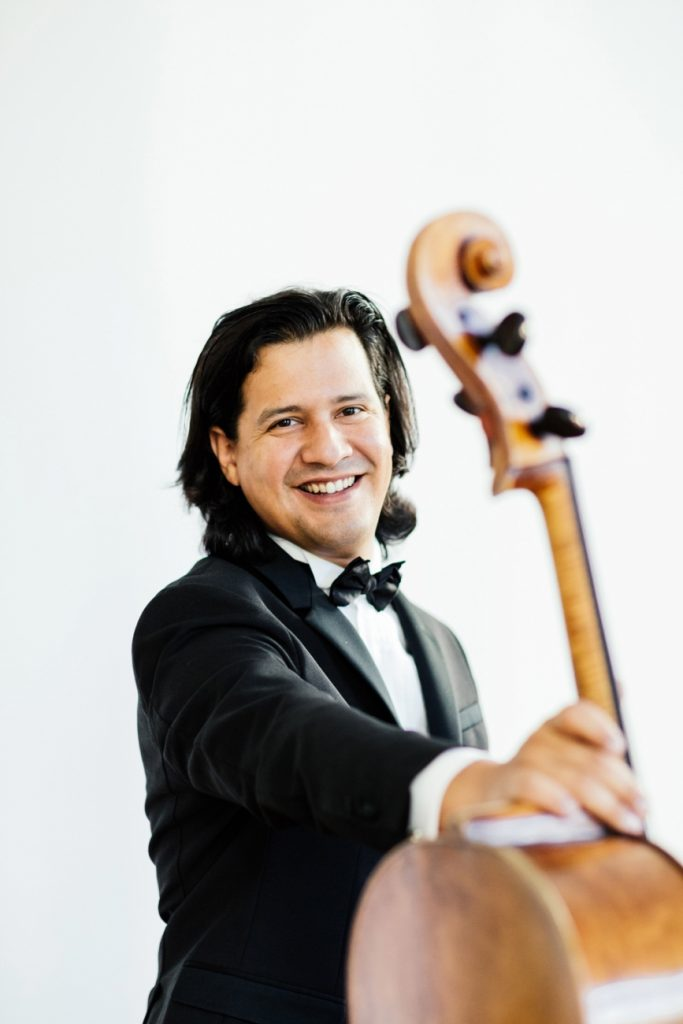 Videoconferència del violoncel·lista Claudio Bohórquez